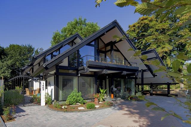 Les maisons en bois : les normes écologiques